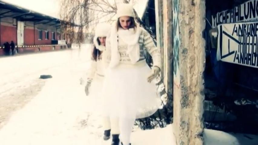 Screenshot vom Video-Clip Puppenzoo im Winter